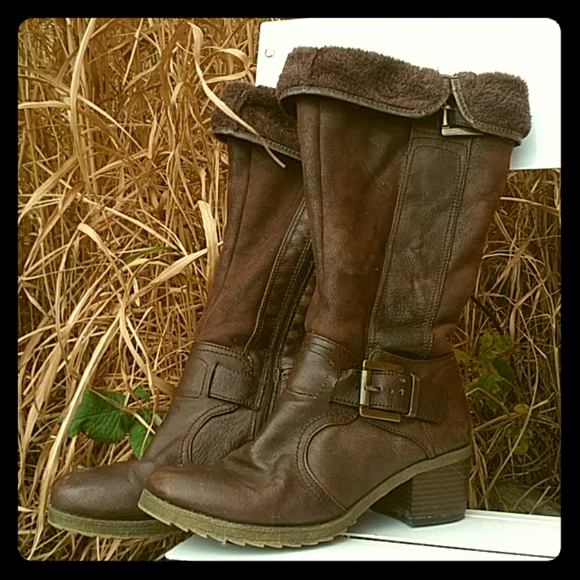 Tall Fall Boots! Baretraps 9M